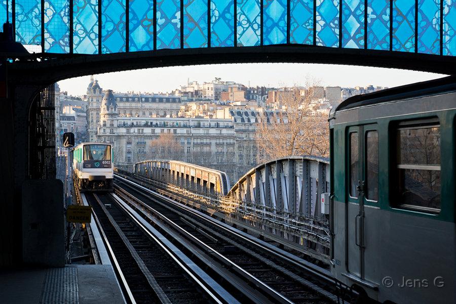 Bir Hakeim metroen i Paris