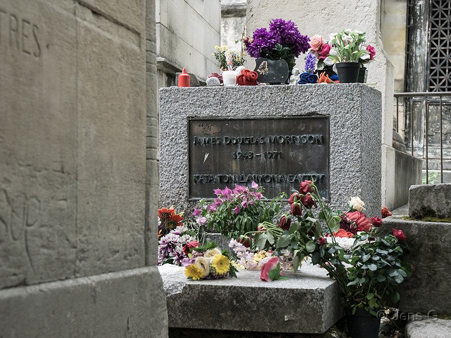 Paris - Pere Lachaise - Jim Morrisons grav