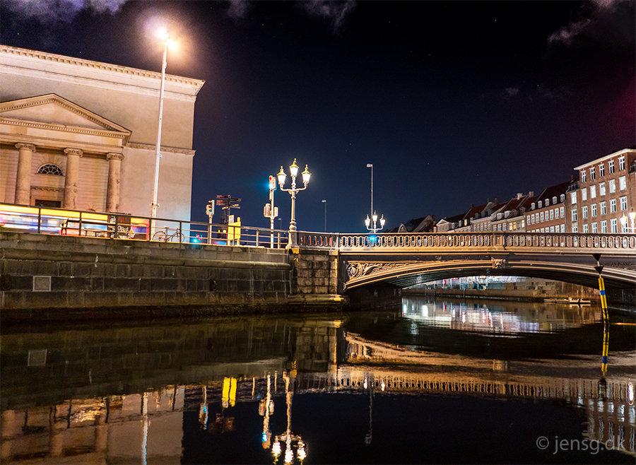 Slotshoms kanal, Højbro og Christiansborgs Slotskirke